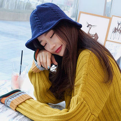 chuu - Cable-Knit Bucket Hat