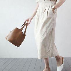 STYLEBYYAM - Linen Blend Pintuck Detail Zip-Side Midi Dress