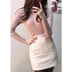 Chlo.D.Manon - Pocket-Front Wool Blend Mini Skirt