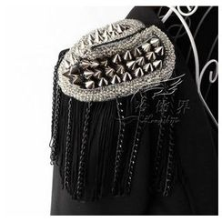 Trend Cool - Fringed Spike Badge