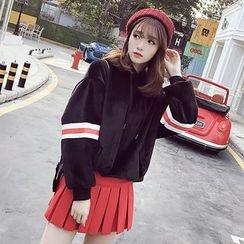 Honeydew - 套裝: 條紋絲絨連帽衫 + 百褶裙