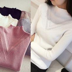 Munai - Sweater