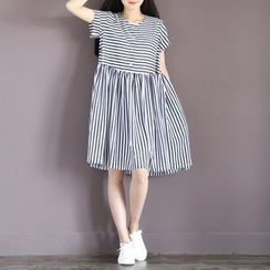 Clover Dream - Stripe Short-Sleeve Chiffon Dress