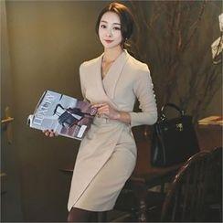 ode' - Wide-Collar Coatdress with Belt
