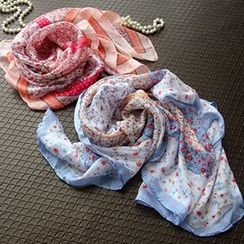 Cozykiss - 碎花薄围巾