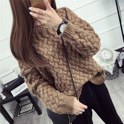 Loytio - Cable Knit Top