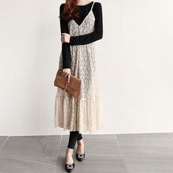 NIPONJJUYA - Spaghetti-Strap Long Lace Dress