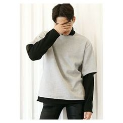 HOTBOOM - Inset Turtle-Neck Color-Block Top