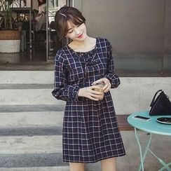 EFO - Long-Sleeve Plaid Dress