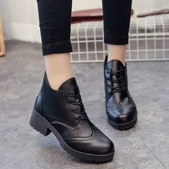 Yoflap - Chunky Heel Lace Up Ankle Boots