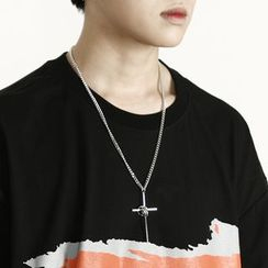 Rememberclick - Cross Pendant Necklace