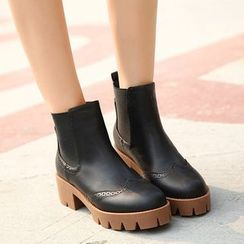 Monde - Brogue Block Heel Short Boots