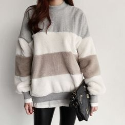 NIPONJJUYA - Furry-Panel Color-Block Sweatshirt