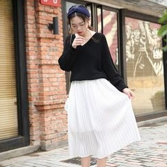MePanda - Pleated Midi Skirt