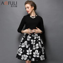 Ovette - Set: Cropped Top + Pleat Floral Skirt