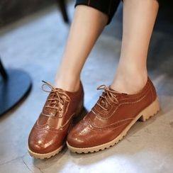 Pretty in Boots - Brogue Oxfords