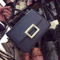 Bag Affair - 飾扣仿皮手提包