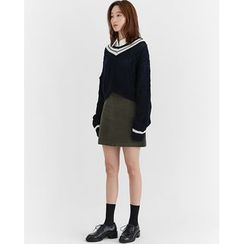 Someday, if - Contrast-Trim Cropped Knit Top
