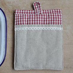 Goodwood - Plaid Panel Heat Resistant Mat