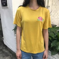 Eva Fashion - Embroidered Short Sleeve T-Shirt