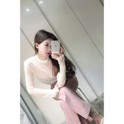 ATTYSTORY - Turtle-Neck Plain Top
