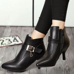 IYATO - Buckled Kitten-Heel Ankle Boots