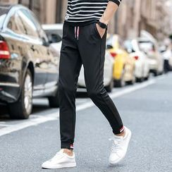 Hansel - Slim-Fit Sports Pants