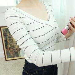 Dodostyle - V-Neck Stripe T-Shirt