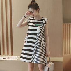 Munai - Sleeveless Zip-Accent Striped Panel Dress