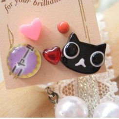 Fit-to-Kill - 5 pieces black cat with heart earrings