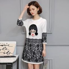 Soswift - 蕾絲拼接卡通T恤裙