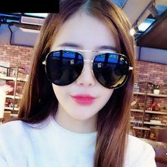 MOL Girl - Oversized Aviator Sunglasses