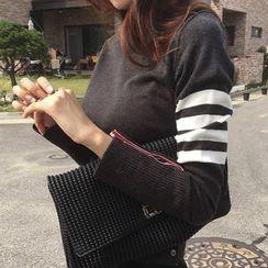 NIPONJJUYA - Contrast-Trim Buttoned-Detail Knit Top