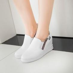 佳美 - 內增高輕便鞋