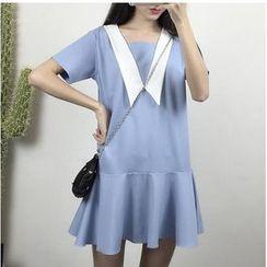 HazyDazy - Paneled Short-Sleeve Dress