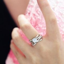 MOMENT OF LOVE - Rhinestone Ring