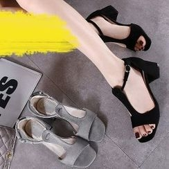 Mancienne - Chunky-Heel Sandals