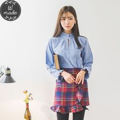 WITH IPUN - Key Hole-Front Frilled-Trim Top