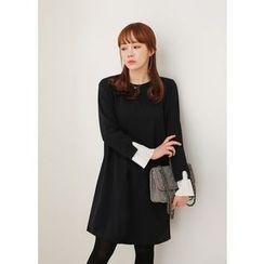 J-ANN - Layered-Cuff Shift Dress