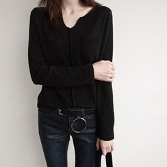 NIPONJJUYA - Cutout-Neck Dual-Pocket Top
