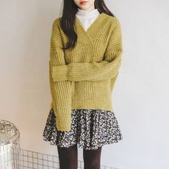 JUSTONE - V-Neck Wool Blend Sweater