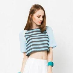 I-DOU - Cropped Striped Panel Top