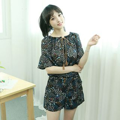 Dodostyle - Floral-Pattern Playsuit