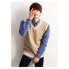 HOTBOOM - Stripe-Trim V-Neck Knit Vest