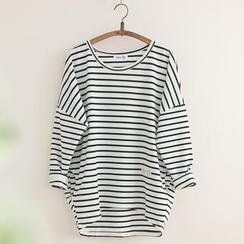 11.STREET - Striped Drop-Shoulder Sweater