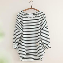 11.STREET - Striped Drop-Shoulder Sweater