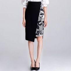 Eleganza - Floral Print Pencil Skirt