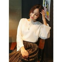 J-ANN - Crew-Neck Knit Top