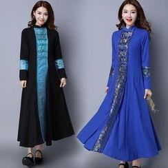 Diosa - Long-Sleeve Patterned Maxi Dress