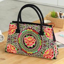 59 Seconds - Flower Embroidered Shoulder Bag